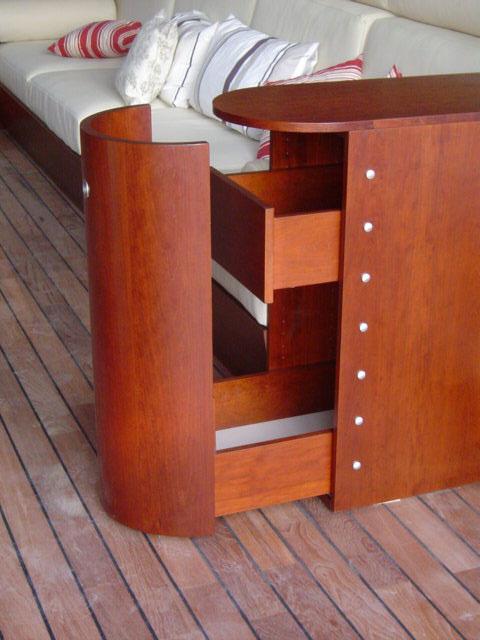 agencement 26 agencement bois 26 pour les particuliers avec la menuiserie vignon. Black Bedroom Furniture Sets. Home Design Ideas