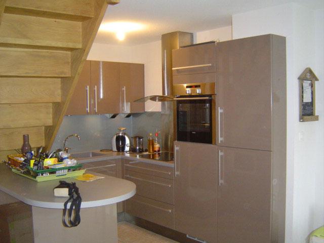 Cuisine con ue pour de petit espace en stratifi - Cuisine pour petit espace ...