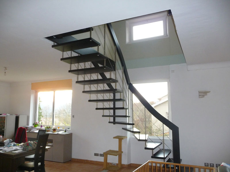 Escalier suspendu design escalier contemporain mod le nova for Escalier interieur moderne