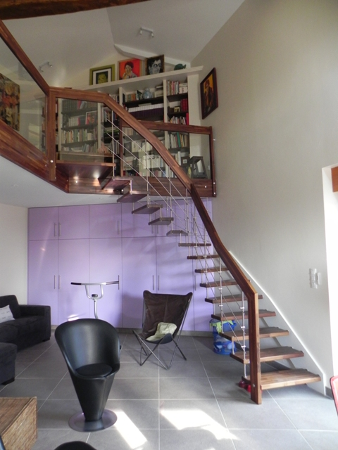 design escalier pur rembarde en inox et bois et tage en. Black Bedroom Furniture Sets. Home Design Ideas