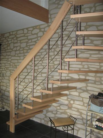 Photo escalier suspendu image 1 1 pictures to pin on pinterest - Escalier suspendu leroy merlin ...
